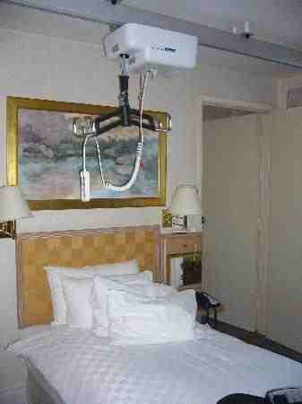 hoist-and-single-bed