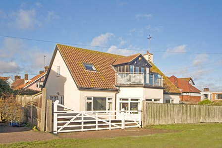 High Tide accessible property in Southwold